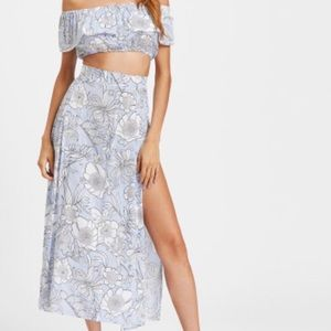 ROMWE Dresses - Floral Print Crop Top with Slit Side Skirt